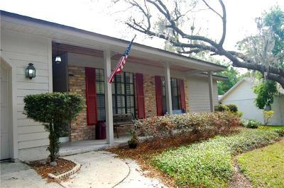 Longwood Single Family Home For Sale: 113 Lyndhurst Drive