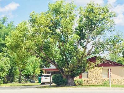 Deltona Single Family Home For Sale: 1961 Saxon Boulevard