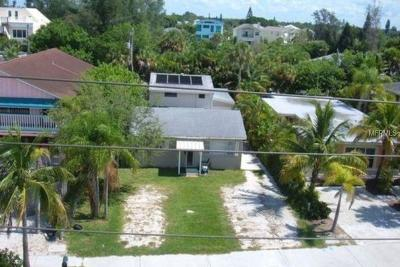 Sarasota Single Family Home For Sale: 531 Beach Road #B