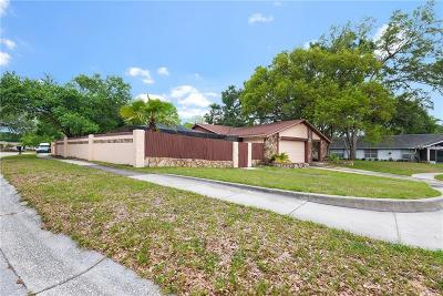 Brandon Single Family Home For Sale: 635 Forest Hills Drive