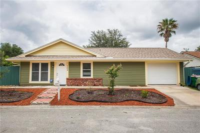 Winter Springs Single Family Home For Sale: 705 Crestwood Way
