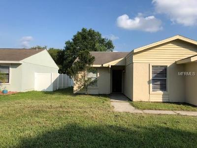 Tampa Single Family Home For Sale: 12349 Cloverstone Drive