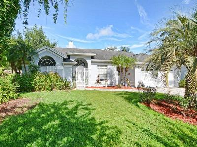 Oviedo Single Family Home For Sale: 1576 Thornhill Circle
