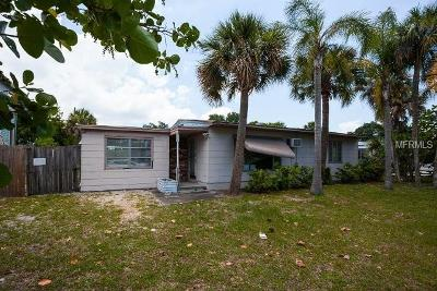 St Pete Beach Single Family Home For Sale: 3941 Moody Street
