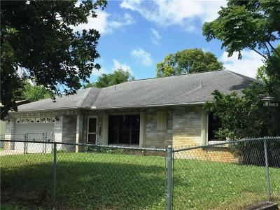 Edgewater Single Family Home For Sale: 3224 Pine Tree Drive
