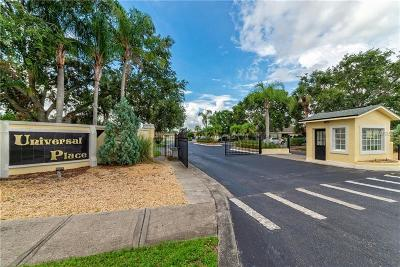 Kissimmee Townhouse For Sale: 1043 Universal Rest Place