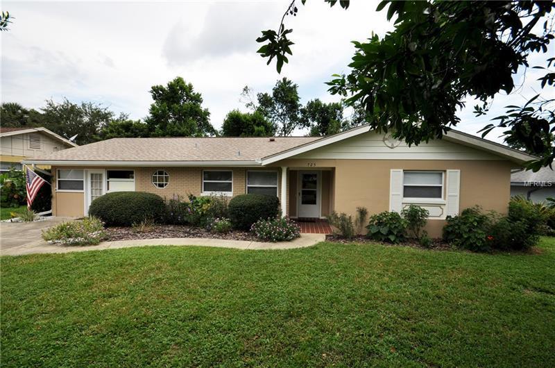Super 725 Eastridge Drive Orange City Fl Mls O5723430 Homes Home Interior And Landscaping Ologienasavecom