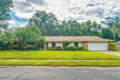 Longwood Single Family Home For Sale: 102 Royal Oaks Circle