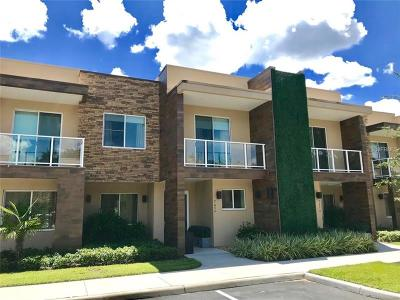 Kissimmee Townhouse For Sale: 7634 Recife Drive