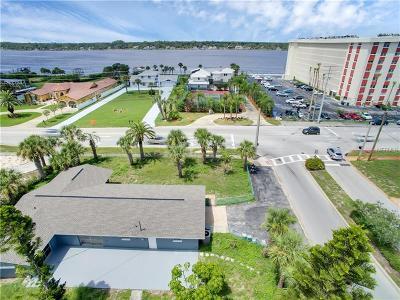 Daytona Beach Single Family Home For Sale: 2616 N Halifax Avenue