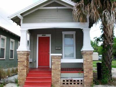Tampa Single Family Home For Sale: 2506 1/2 E Columbus Drive