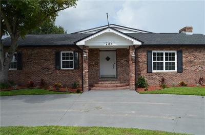 Kissimmee Single Family Home For Sale: 704 Canterbury Lane
