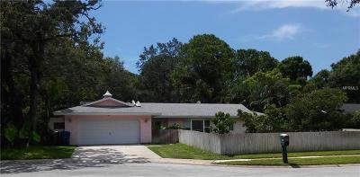 Largo Single Family Home For Sale: 1585 15th Court W
