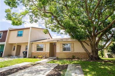 Orlando FL Townhouse For Sale: $210,000