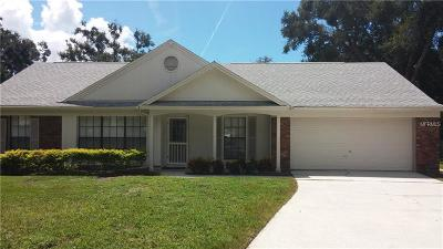Apopka Single Family Home For Sale: 1711 Hiddenwood Court