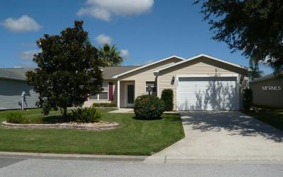 The Villages Single Family Home For Sale: 2580 Persimmon Loop