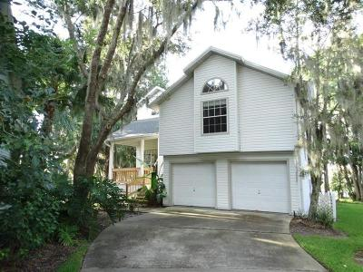 Debary Single Family Home For Sale: 251 Bayou Circle #250