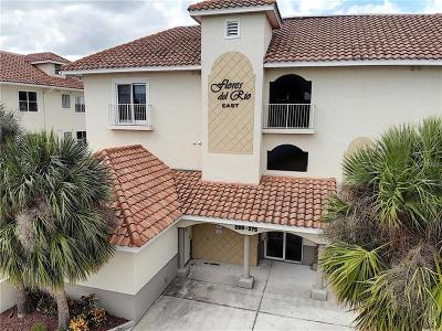 New Smyrna Beach Condo For Sale: 271 Middle Way #271