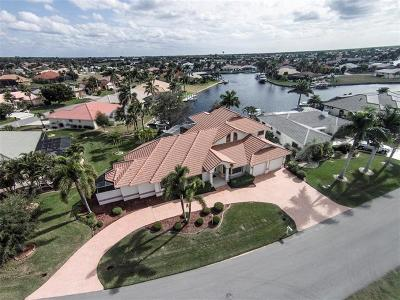 Punta Gorda Single Family Home For Sale: 524 La Caruna Court