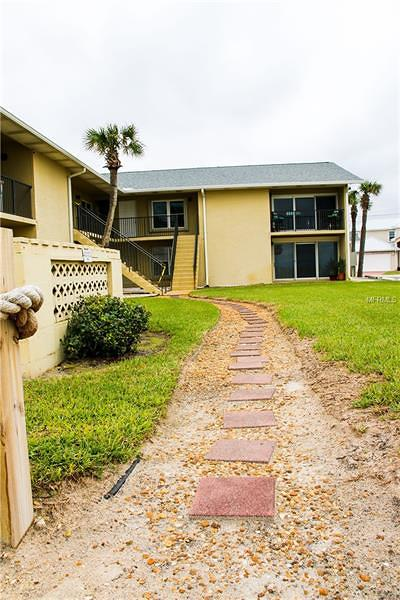 Daytona Beach, Daytona Beach Shores, New Smyrna Bch, New Smyrna Beach, Ormond Beach, Edgewater, Ponce Inlet Condo For Sale: 2250 Ocean Shore Boulevard #1020