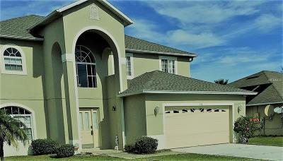 Kissimmee Single Family Home For Sale: 111 Aurelia Court