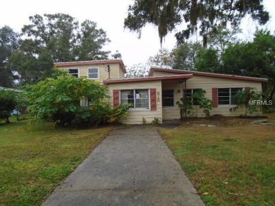Brandon FL Single Family Home For Sale: $135,000