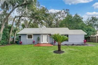 Mount Dora Single Family Home For Sale: 326 N Simpson Street
