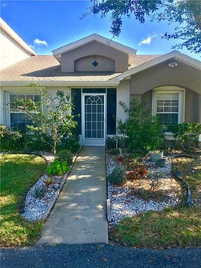 Clermont, Davenport, Haines City, Winter Haven, Kissimmee, Poinciana, Orlando, Windermere, Winter Garden Townhouse For Sale: 14431 Island Cove Drive