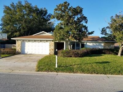 Longwood Single Family Home For Sale: 204 W Cottesmore Circle