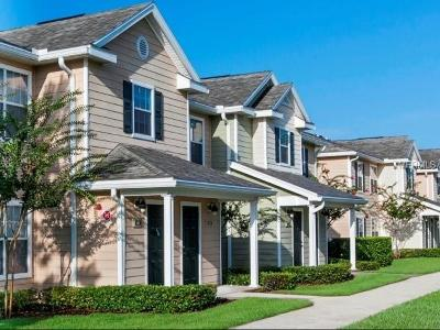 Orange City Condo For Sale: 877 Enterprise Cove Avenue #2-204