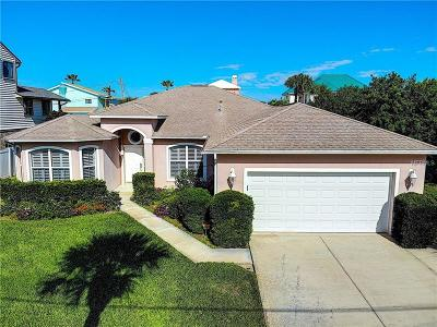 New Smyrna Beach Single Family Home For Sale: 4723 S Atlantic Avenue
