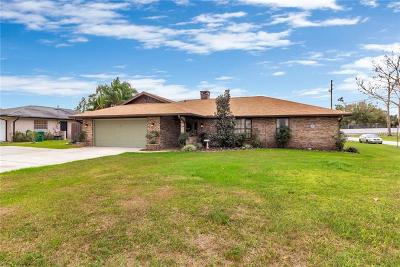 Deltona Single Family Home For Sale: 901 Elkcam Boulevard