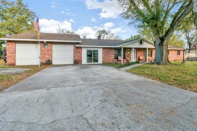 Auburndale Single Family Home For Sale: 215 Bennett Street