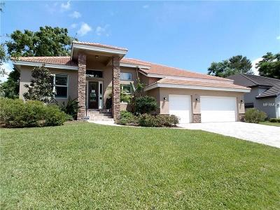Apopka Single Family Home For Sale: 611 Sanctuary Golf Place