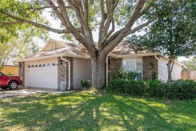 Apopka Single Family Home For Sale: 1250 Whispering Winds Court