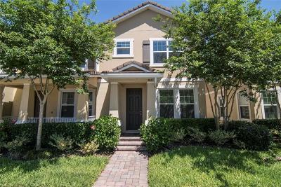 Windermere Townhouse For Sale: 7621 Ripplepointe Way