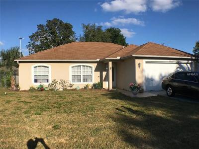 Deltona Single Family Home For Sale: 1079 W Embassy Drive