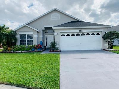 Orlando Single Family Home For Sale: 3205 Crystal Creek Boulevard