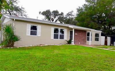 Deltona Single Family Home For Sale: 1124 Fountainhead Drive