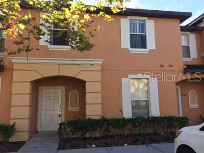 Kissimmee Townhouse For Sale: 5738 Delorean Drive