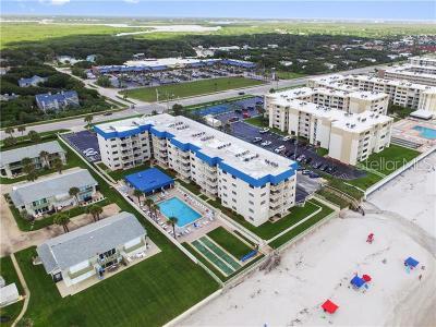 New Smyrna Beach Condo For Sale: 4201 S Atlantic Avenue #104