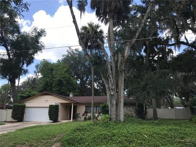Oviedo Single Family Home For Sale: 419 Palm Drive