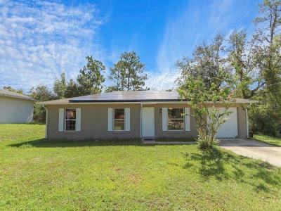 Orange City Single Family Home For Sale: 215 Walnut Avenue