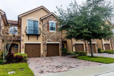 Orlando Townhouse For Sale: 10557 Belfry Circle