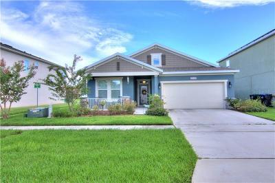Orlando Single Family Home For Sale: 2038 Beacon Landing Circle