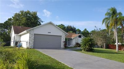 Palm Bay Single Family Home For Sale: 1097 Welco Street SE