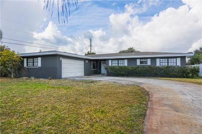 Satellite Beach Single Family Home For Sale: 620 N Robert Way