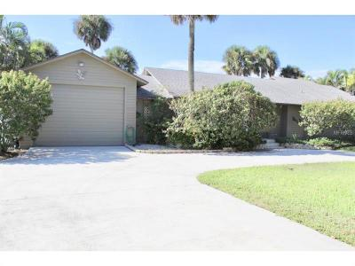 Okeechobee County Single Family Home For Sale: 7864 Highway 441 SE