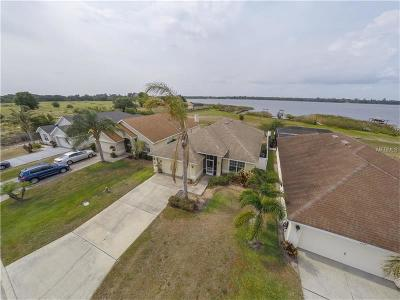 Winter Haven Single Family Home For Sale: 4020 Island Lakes Drive