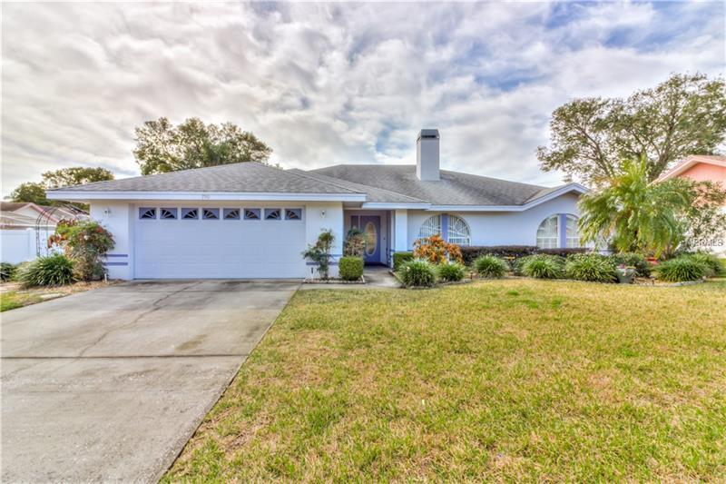 Cool 790 Powder Horn Row Lakeland Fl Mls P4718909 Real Home Interior And Landscaping Pimpapssignezvosmurscom